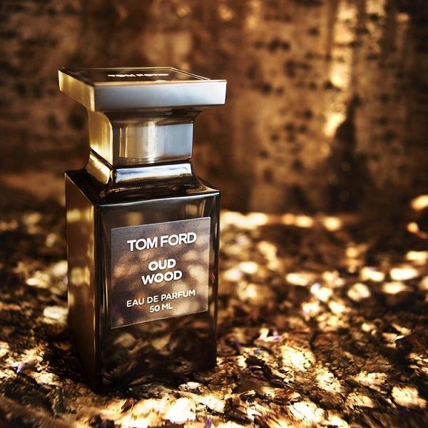 Chiết 10ml] Tom Ford Oud Wood Eau De Parfum